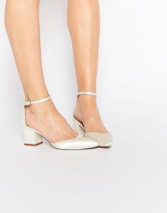 ASOS   Zapatos de tacón de novia con diseño en punta SPACE de ASOS