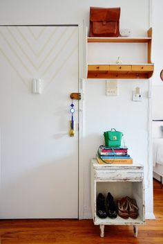 An Eclectic Modern Mini 288 Square Foot Brooklyn Studio Apartment Entryway, Apartment Design, Apartment Living, Apartment Therapy, White Apartment, Apartment Goals, Apartment Interior, Small Shelves, Small Drawers