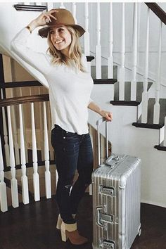 Kristin Cavallari wearing Chinese Laundry by Kristin Cavallari Allure Boot in New Nude and Tan, Rag & Bone Skinny Jeans in Classic Indigo with Holes and Emerald Duv Laurel Canyon Fedora