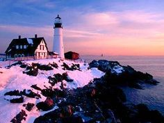 I love lighthouses - something romantic about them!