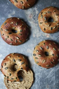 pumpkin bagels with pumpkin seeds