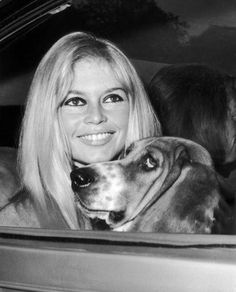 French actress Brigitte Bardot with her basset hound in London (Keystone-France/Gamma-Keystone via Getty Images, Brigitte Bardot, Bridget Bardot, Basset Hound, Hound Dog, Bardot Animal, Emmanuelle Béart, Celebrity Dogs, French Movies, French Actress