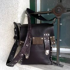 Unique messenger bag by EvilEve  #EvilEveDesign #EvaBreznikar #leatherbag #messengerbag #leatherfashion #handmade #handmadeleather #handmadejewelry #jewellery #handcrafted #luxuryfashion #fashionista #fashionpost #fashionstyle #fashionaddict #fashiondesigner #fashionable #fashionlover #instafashion #fashionjewelry #ljubljana #slovenia #linkinbio #evileveshop