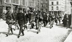 May A party of Sinn Feiners, including a bearded old man, marched away under escort, The Irish rebellion began on Easter Monday April 1916 when the Irish rebels attempted to gain control of public buildings in Dublin, but they were doomed to failure Ireland 1916, Dublin Ireland, Irish Rebellion 1916, Northern Ireland Troubles, Irish Independence, Easter Rising, World Conflicts, Erin Go Bragh, Michael Collins