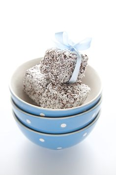 lamington recipe... i like it when raspberry jam is in the center though!