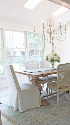 Dining Chairs, Dining Table, Dining Room Inspiration, French Decor, Shabby Chic Homes, Dining Room Design, First Home, Sweet Home, House