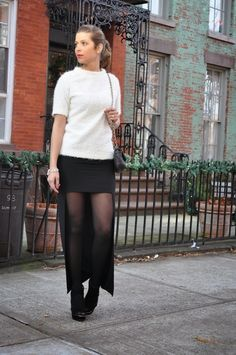 - fashion, and life style by the italian Fabrizia Spinelli. Tights And Heels, Sheer Tights, Black Tights, Black Nylons, Pantyhose Outfits, Pantyhose Legs, Fashion Models, Girl Fashion, One Coin