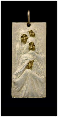 Lalique 1902-05 Processional Plaque: gold, enamel   albionart.com
