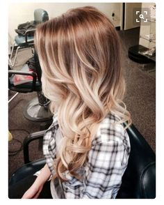"""Lalalalalaloooove. #hair #ombre #bayalage #blonde giving this type of look a try in a couple weeks! Less maintenance."""