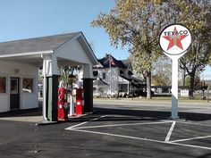 (Love these antique gas pumps!) Texaco Gas Station - DeSoto, Missouri
