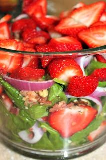 Quick and Easy Strawberry Bacon Spinach Salad - Two Maids a Milking