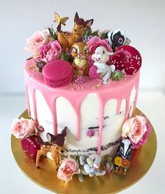 X – Food – – Gateau au chocolat - Kuchen Pretty Cakes, Cute Cakes, Beautiful Cakes, Amazing Cakes, Kreative Desserts, 1st Birthday Party For Girls, Birthday Cake Disney, Birthday Ideas, Bolo Cake