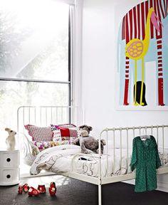 Metalowe łóżko dziecięce