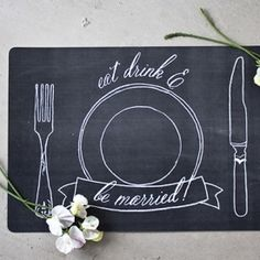 FREE printable: charming chalkboard-themed placemats to prettify your place settings!