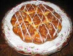Helkan Keittiössä: Gluteeniton Pullataikina Waffles, Pancakes, Sweet Desserts, Fodmap, Nom Nom, Gluten, Pie, Bread, Homemade