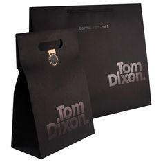 shopping bag design Tom Dixon Design_Mus_Shop via tonyplcc Packaging Box, Luxury Packaging, Coffee Packaging, Design Packaging, Skincare Packaging, Bakery Packaging, Perfume Packaging, Candle Packaging, Chocolate Packaging