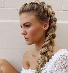 74 Trendy Hairstyles You Should Try - Dutch braid,cool easy hairstyle ideas ,summer hairstyles #hairstyles #hairideas #hair #braids #braidhairstyle