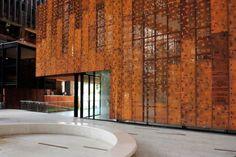 O aço corten é um tipo de material que vem sido cada vez mais utilizado na construção civil devido as suas inúmeras vantagens. É também con...