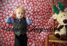 DYI Holiday Photo Shoot at Home, by Danielle Jacqueline Photography