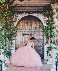 Amicable realized quinceanera dresses find this Quinceanera Planning, Pretty Quinceanera Dresses, Quinceanera Decorations, Quinceanera Party, Sweet 16 Pictures, Quince Pictures, Sweet 16 Dresses, 15 Dresses, Chiffon Dresses
