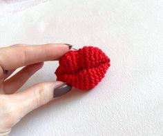 PDF Crochet Pattern  Amigurumi KISS crochet par jelenateperik, $4.20