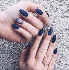 36 Perfect and Outstanding Nail Designs for Winter dark color nails; nude and sparkle nails; Dark Color Nails, Dark Blue Nails, Navy Nails, Nail Colors, Gradient Nails, Holographic Nails, Stiletto Nails, Neutral Colors, Sparkle Nails