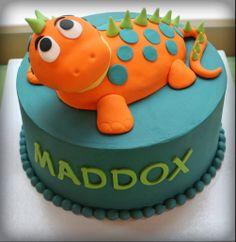 Dinosaur cake * Maddox