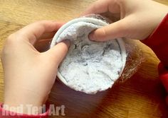 How to make a shredded paper pulp bowl
