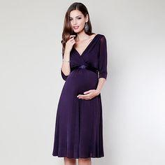 Kleid Willow blackberry aus der Kategorie Festliche Umstandsmode von Mamarella - Details