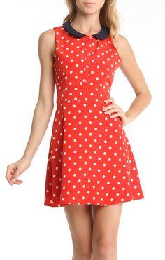 polka dot + peter pan collar  just longer with short sleeves!