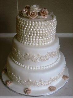 Lovely Wedding Cake!  ~ all edible