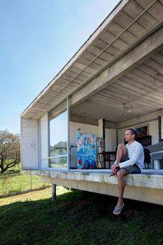 Somewhere I would like to live: the home of Rodrigo Edelstein - Concrete - Fachadas Container Home Designs, Prefab Cabins, Prefab Homes, Modern Small House Design, Casas Containers, Concrete Houses, Shed Homes, Pool Designs, Minimalist Home