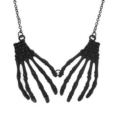 Halloween Skeleton Hands Necklace | Claire's #CLAIRESSCARES @pinsbyclaires