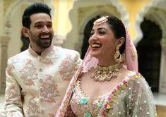 Bollywood Couples, Bollywood Actors, Bollywood News, Bollywood Fashion, Ratna Pathak, Sanya Malhotra, Kabir Khan, Ensemble Cast, Full Movies Download
