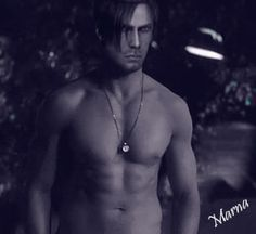 Leon's flaunting it again. by marna4eve.deviantart.com