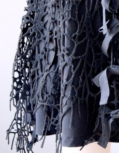 Laser cut wool - innovative 3D printed textiles; fashion design detail; fabric manipulation; organic pattern & texture // Francis Bitonti