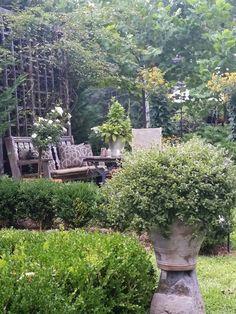 TARA DILLARD: Garden Design: Beautiful Gardens are in Trinities