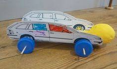 Balloon powered car with printable template.
