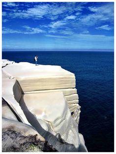 Wedding Cake Rock –  The 50-metre sandstone ledge, known as Wedding Cake Rock, is located along an already popular walking track in the Royal National Park - one hour south of Sydney.