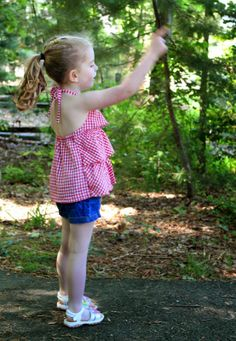 Sewing for summer: Ruffled Halter top from Oliver + S | The Inspired Wren