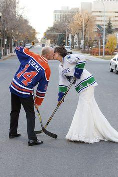 Hockey-themed wedding ideas!