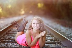 Love the train tracks! Senior Girl Photography, Autumn Photography, Portrait Photography, Cute Senior Pictures, Sister Pictures, Senior Photos, Portrait Poses, Senior Portraits, Railroad Track Photography