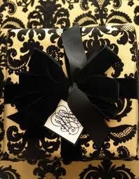 Black and gold #gift wrapping
