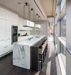 You could own the magnificent triplex the couple retreated to during New York Fashion Week Luxury Kitchen Design, Best Kitchen Designs, Luxury Kitchens, Interior Design Kitchen, Cool Kitchens, Bathroom Interior, Rustic Kitchen, New Kitchen, Cocinas Kitchen
