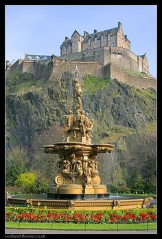 Edinburgh Castle, Scotland by minerva