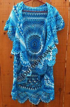 Front of my Stevie Nicks Bohemian vest.  FREE PATTERN: https://mirincondecrochet.wordpress.com/2011/05/06/soberbio-chaleco-circular/