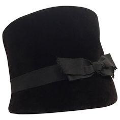 b6f0a3fe18c 1960s Christian Dior Velvet Equestrian Style Hat W  Bow