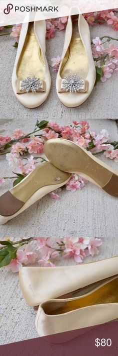 🌸J. Crew Gabrielle Crystal Starburst Ballet Flats Pre-loved with minimal signs of normal wear. Part of J. Crews High End Collection line, these are hard to find! genuine leather, made in Italy. only flaw is the small black mark on the heel that appears worse in photo then it really is. These are gorgeous and would be perfect for summer wedding season! 💕 J. Crew Shoes Flats & Loafers