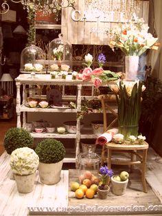 Escaparate CAPELLA Decoración, Primavera año 2010, www.capelladecoracion.com