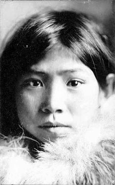 An Inuit girl. Early 1900s. Photo by Daniel S. Neuman.